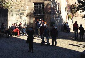 Burg Nürnberg Touristen wie am Stachus